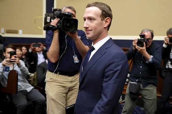 Mark Zuckerberg bị công kích ở Hạ viện, liên tiếp bị ngắt lời vì những câu trả lời lệch tâm - Ảnh 2.