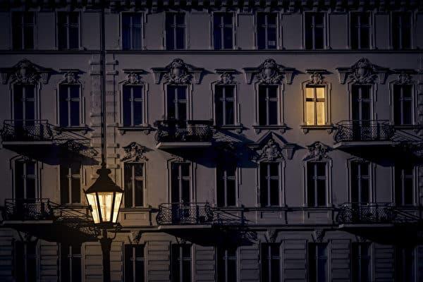 Cuộc điện thoại lúc 3h sáng làm chấn động Thủ đô Đan Mạch: Nếu bạn thực sự muốn làm một điều gì đó, bạn nhất định sẽ tìm ra cách - Ảnh 1.