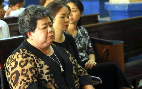 Bà Hứa Thị Phấn chuẩn bị hầu tòa trong vụ rút ruột 6.362 tỷ đồng tại ngân hàng Đại Tín  - Ảnh 1.
