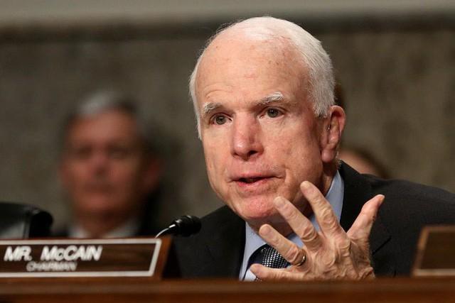Những giới hạn mong manh nào của luật pháp cho phép ông Trump tấn công Syria? - Ảnh 2.