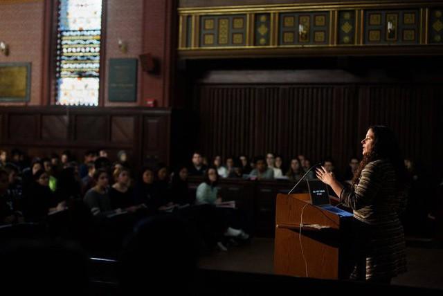 Vì sao khóa học được yêu thích nhất ở Đại học hàng đầu Yale lại là Tâm lý học? - Ảnh 1.