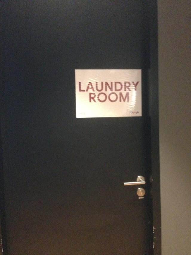 Văn phòng Google tại Singapore: Đồ ăn miễn phí, nhân viên có phòng ngủ, phòng cầu nguyện, cắt tóc, các bà mẹ có chỗ cho con bú, vắt sữa... - Ảnh 12.