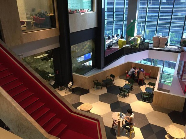 Văn phòng Google tại Singapore: Đồ ăn miễn phí, nhân viên có phòng ngủ, phòng cầu nguyện, cắt tóc, các bà mẹ có chỗ cho con bú, vắt sữa... - Ảnh 3.