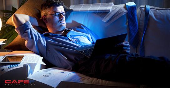 Tin xấu cho những người thường xuyên thức khuya: Càng cú đêm, càng giảm thọ  - Ảnh 1.