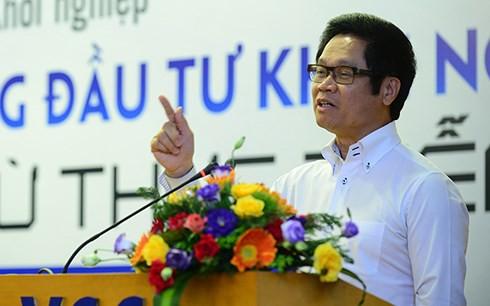 """Chủ tịch VCCI Vũ Tiến Lộc: Nguồn vốn là """"bầu sữa"""" cho khởi nghiệp - Ảnh 1."""