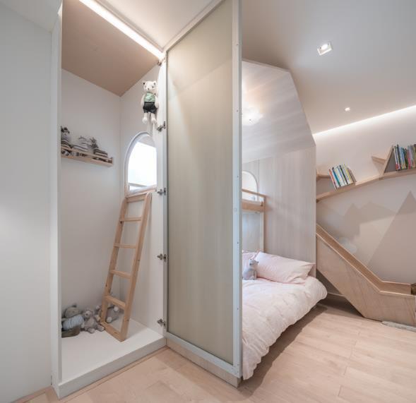 Thiết kế phá cách, ấn tượng của căn hộ cao tầng hơn 100m2 cho gia đình có con nhỏ - Ảnh 12.