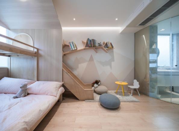 Thiết kế phá cách, ấn tượng của căn hộ cao tầng hơn 100m2 cho gia đình có con nhỏ - Ảnh 14.