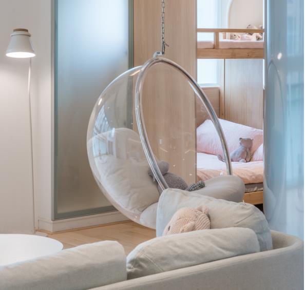 Thiết kế phá cách, ấn tượng của căn hộ cao tầng hơn 100m2 cho gia đình có con nhỏ - Ảnh 5.