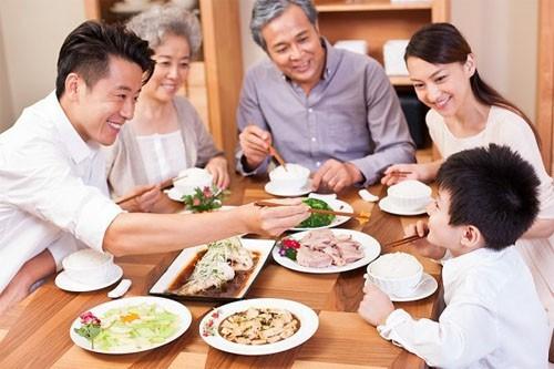 Chuyên gia khuyến cáo thủ phạm có thể gây ung thư dạ dày người Việt hay mắc - Ảnh 1.
