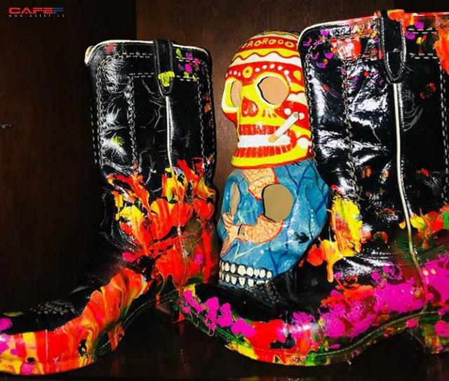 Đôi giày cao bồi đắt nhất thế giới định giá 6 triệu USD có gì đặc biệt? - Ảnh 2.