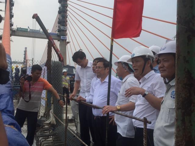 Hợp long cầu Bạch Đằng, đánh thức nhiều vùng đất đang ngủ yên - Ảnh 2.