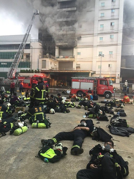 Vụ cháy nhiều người chết ở Đài Loan: Có 161 lao động Việt làm việc tại đây - Ảnh 1.