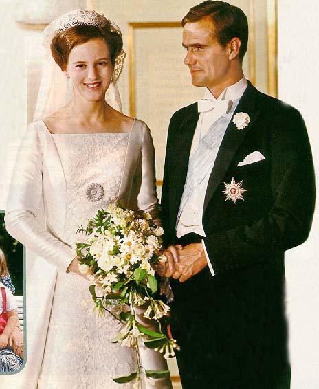 Cuộc đời nữ hoàng bình dị nhất châu Âu: Tự đi chợ, thiết kế trang phục và có cuộc hôn nhân khiến bao người ngưỡng mộ - Ảnh 6.