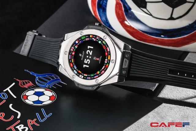 Hublot ra mắt mẫu đồng hồ thông minh dành riêng cho mùa World Cup, chỉ có 2018 chiếc trên toàn thế giới - Ảnh 1.