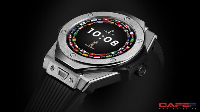 Hublot ra mắt mẫu đồng hồ thông minh dành riêng cho mùa World Cup, chỉ có 2018 chiếc trên toàn thế giới - Ảnh 2.