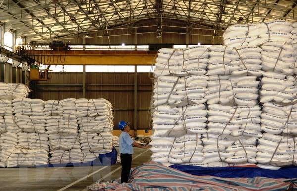 Đường lỏng nhập khẩu ngày càng gia tăng, đe dọa đường trong nước - Ảnh 1.