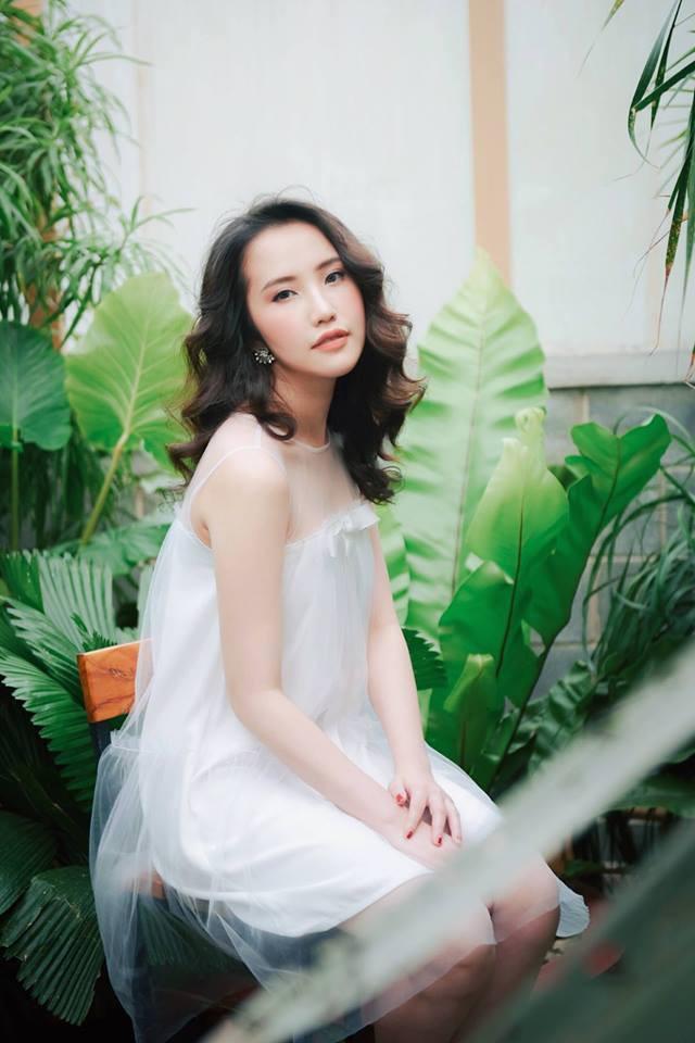 Cận cảnh vẻ sành điệu và gia thế khủng của bạn gái thiếu gia Phan Thành - Ảnh 13.