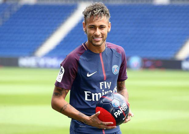 Neymar không bao giờ bỏ cuộc: Cậu bé ở khu phố nghèo chinh phục giấc mơ với trái bóng, trở thành cầu thủ đắt giá nhất thế giới - Ảnh 6.