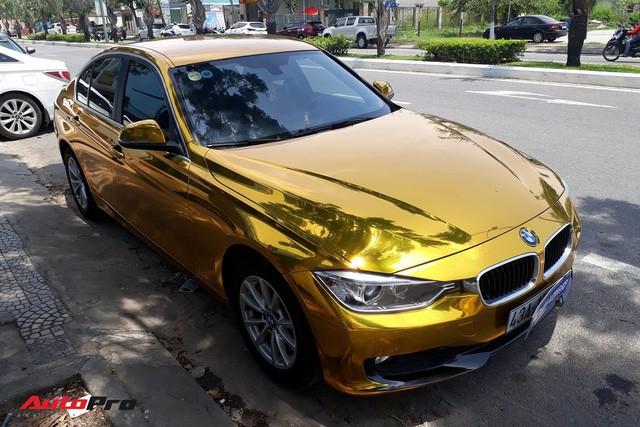 """Kỳ công """"dát vàng"""" phong cách dân chơi UAE cho chiếc BMW của chủ khách sạn tại Đà Nẵng - Ảnh 4."""