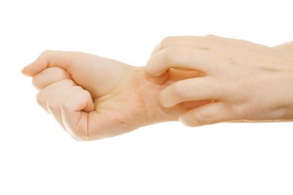 7 dấu hiệu thường gặp trên bàn tay nhưng ẩn chứa nguy cơ sức khỏe nghiêm trọng, đừng chủ quan để phải hối hận - Ảnh 3.