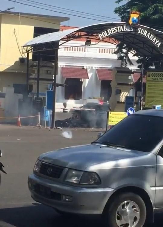 Tiếp tục đánh bom ở Indonesia, ít nhất 7 người chết - Ảnh 1.