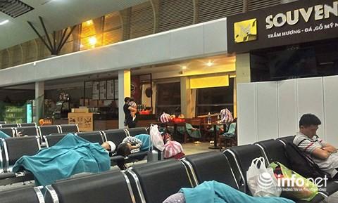 Máy bay Vietnam Airlines 2 lần gặp sự cố, khách hoảng hồn vì liên tục chuyển chuyến - Ảnh 3.