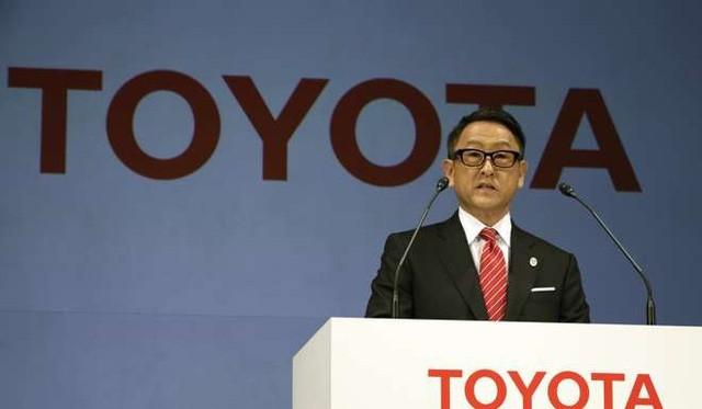 Chiến dịch nói không với cắm thùng, mặc vest khi đi làm: Cuộc đại cách mạng trong văn hóa làm việc của người Nhật Bản - Ảnh 2.