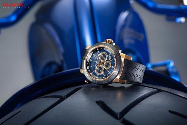 Chiêm ngưỡng chiếc Harley-Davidson được mạ vàng, nạm kim cương có đắt nhất thế giới - Ảnh 4.