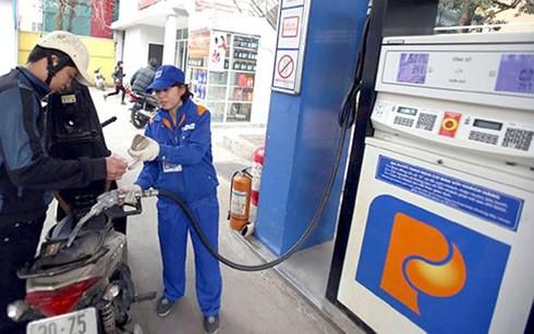 Bộ Tài chính đòi tăng thuế xăng dầu, chuyên gia kêu sửa Nghị định 83 - Ảnh 1.