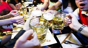 Nhiều hãng bia ngoại tháo chạy khỏi thị trường Việt Nam - Ảnh 1.