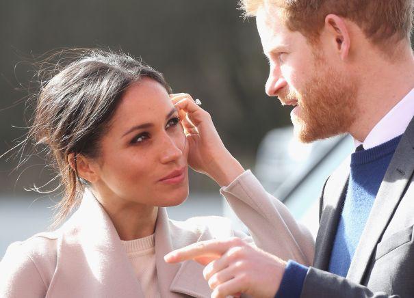 Hành trình lọ lem Meghan từ khi đánh rơi hài tới cô dâu ở đám cưới hoàng gia 1,5 tỉ người theo dõi, tiêu tốn nửa triệu euro - Ảnh 14.