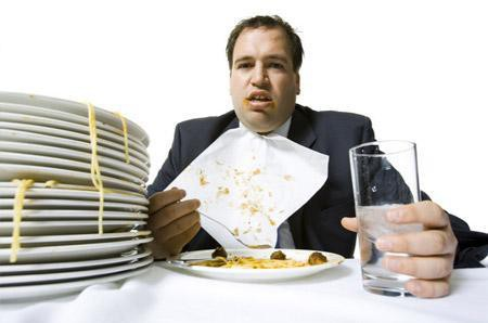 Tối nay bạn ăn gì sẽ quyết định tuổi thọ của bạn: Hãy từ bỏ những bữa tối tự sát bằng 4 chữ sau - Ảnh 2.