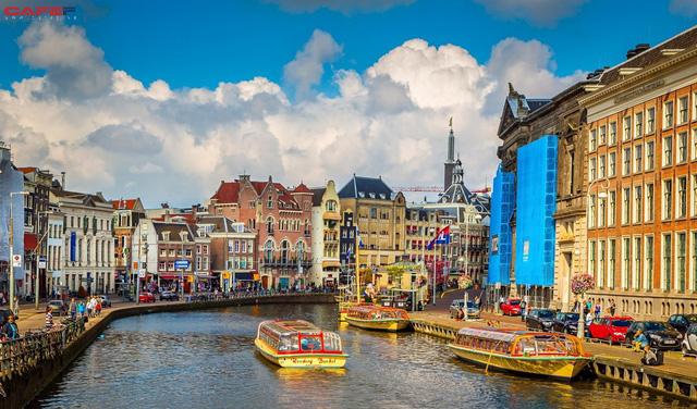 Điểm tên 5 thành phố xa hoa bậc nhất ở châu Âu để bạn có một chuyến du lịch đáng nhớ trong đời - Ảnh 1.