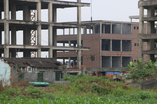 Cận cảnh hoang tàn dự án bệnh viện 700 giường đầu tư 850 tỉ đồng - Ảnh 12.