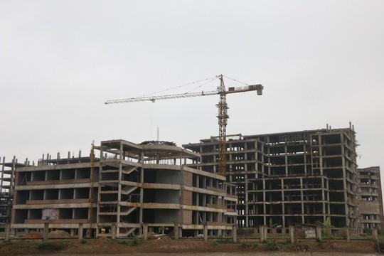 Cận cảnh hoang tàn dự án bệnh viện 700 giường đầu tư 850 tỉ đồng - Ảnh 4.