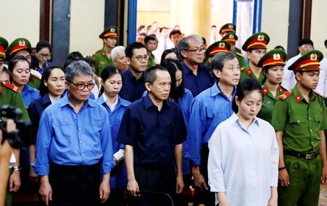 Luật sư của bà Hứa Thị Phấn phản pháo tại tòa  - Ảnh 1.