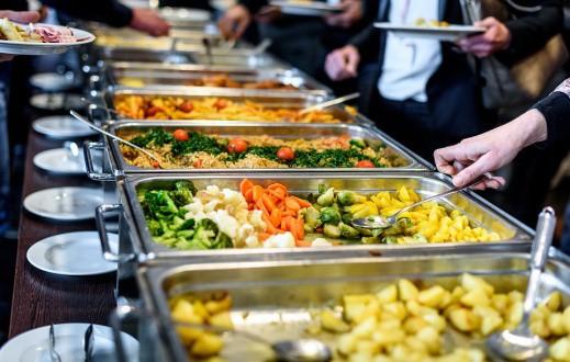 5 bí mật của nhà hàng buffet mà chỉ người trong ngành mới biết - Ảnh 1.