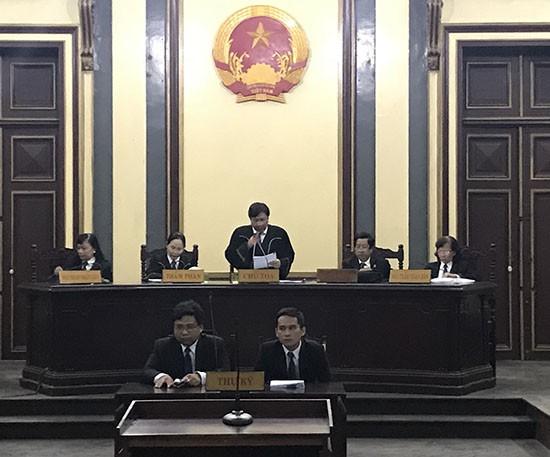 Hứa Thị Phấn lãnh án 30 năm tù và bồi thường hơn 16.796 tỷ đồng - Ảnh 1.