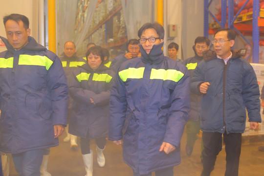 Phó Thủ tướng Vũ Đức Đam nửa đêm thị sát chợ đầu mối Bình Điền - Ảnh 13.
