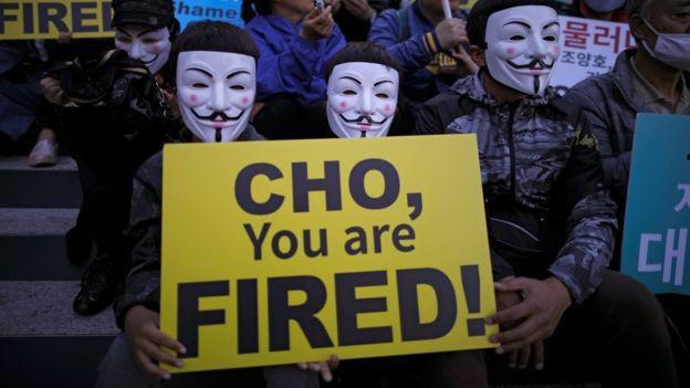 Nhân viên hãng hàng không Korean Air xuống đường biểu tình, kêu gọi chủ tịch từ chức - Ảnh 2.