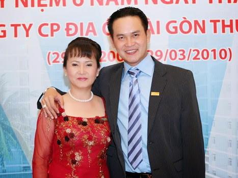 Những bóng hồng tài sắc vẹn toàn phía sau các đại gia Việt - Ảnh 3.