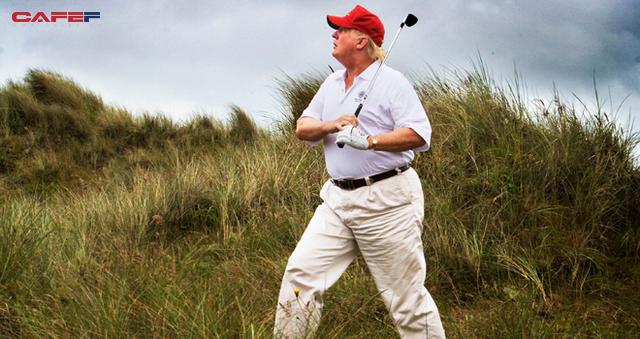 """Tổng thống Donald Trump tự tin là """"tay golf giỏi nhất trong giới siêu giàu"""": Hãy để golf truyền cảm hứng, tạo động lực để thành công - Ảnh 1."""