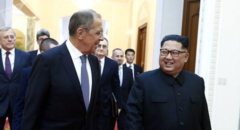Triều Tiên nhất định giải trừ hạt nhân, ông Kim gửi thư cho Tổng thống Trump - Ảnh 1.