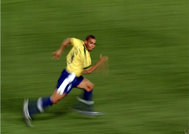 Ronaldo: 1.454 ngày biến cơn ác mộng thành vinh quang chói lọi nhất sự nghiệp lẫy lừng - Ảnh 2.