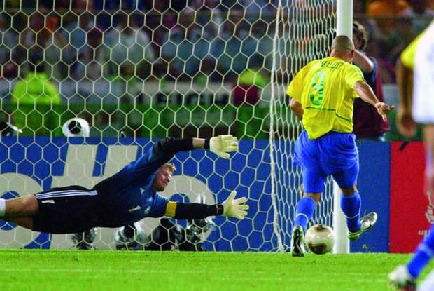 Ronaldo: 1.454 ngày biến cơn ác mộng thành vinh quang chói lọi nhất sự nghiệp lẫy lừng - Ảnh 7.