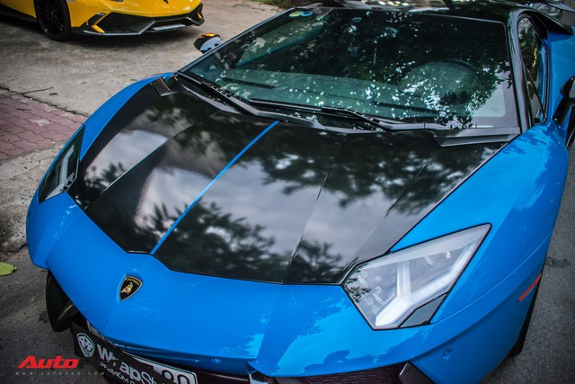 Siêu xe Lamborghini Aventador độc nhất Việt Nam khoác áo mới - Ảnh 4.