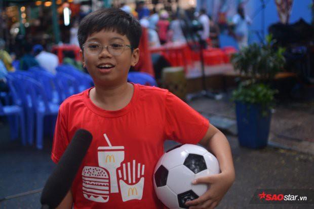 Cậu bé Việt duy nhất được xuất hiện trong chung kết World Cup: Mê nhất chú Messi - Ảnh 2.