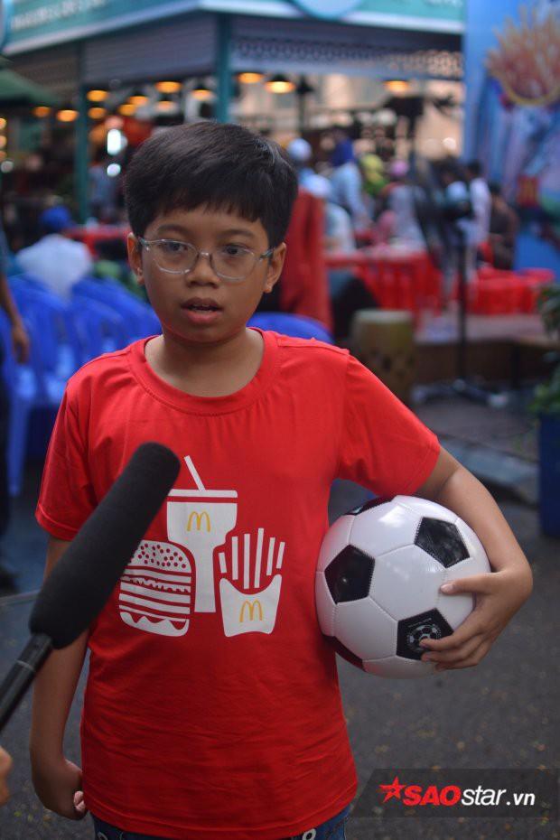 Cậu bé Việt duy nhất được xuất hiện trong chung kết World Cup: Mê nhất chú Messi - Ảnh 3.