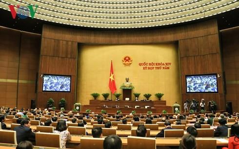 Cử tri cả nước nói gì về kết quả kỳ họp thứ 5 Quốc hội khóa XIV? - Ảnh 1.