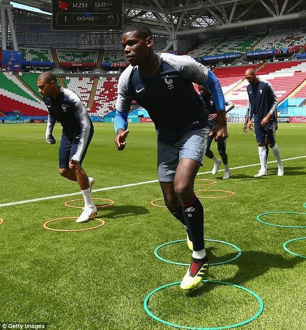 Đội hình tiền tỷ của Pháp khởi động cho trận đấu khai màn World Cup 2018 - Ảnh 10.